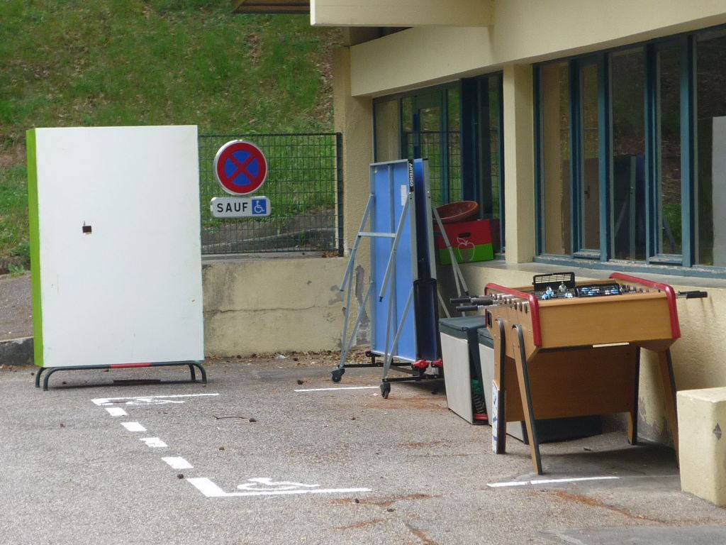 La place de parking pour les personnes à mobilité réduite