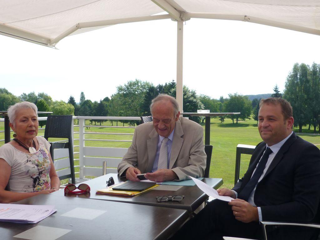 Le maire et les adjoints présentent les activités au golf d'Epinal