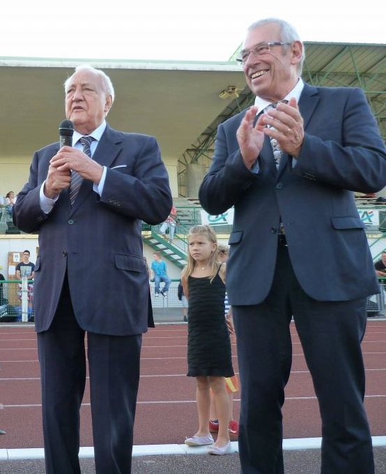 Christian Poncelet aux côtés de Bernard Godfroy (photographie d'archives).