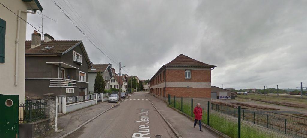 La rue Jean Jaurès (google maps)