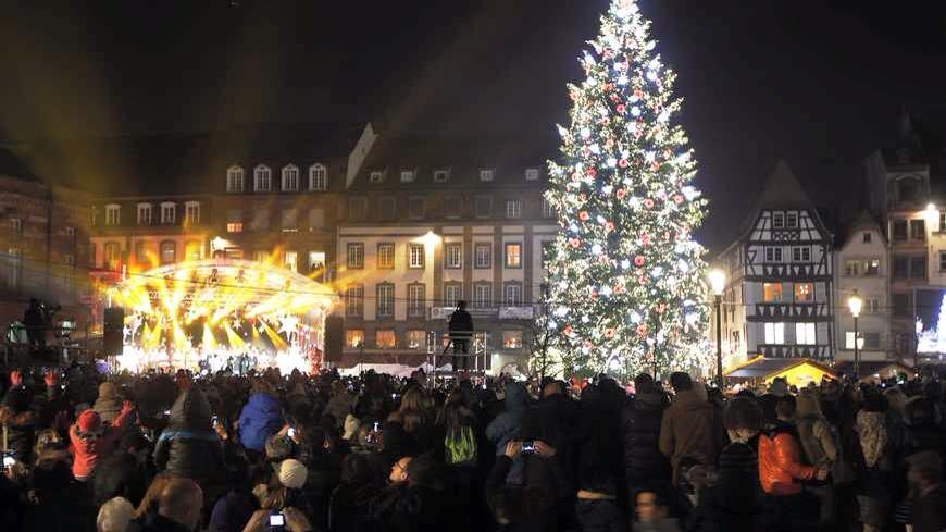 (Source Féerie et Noël à Strasbourg)