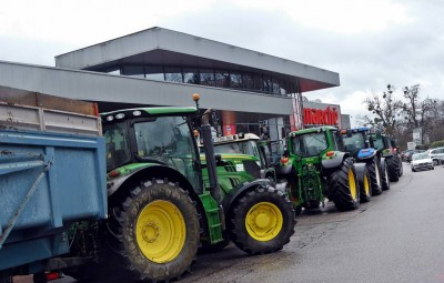 agriculteurs-tracteurs-golbey