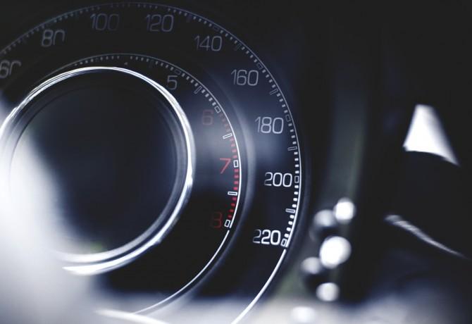 vitesse-voiture-