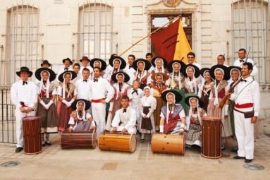 Photo groupe carnet des Tambourinaires de Sant Sumian