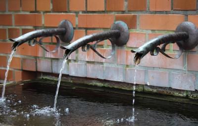 fountain-911352_960_720
