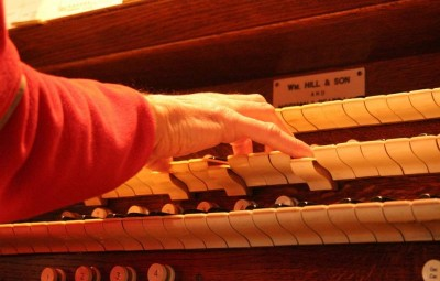 church-organ-393921_960_720
