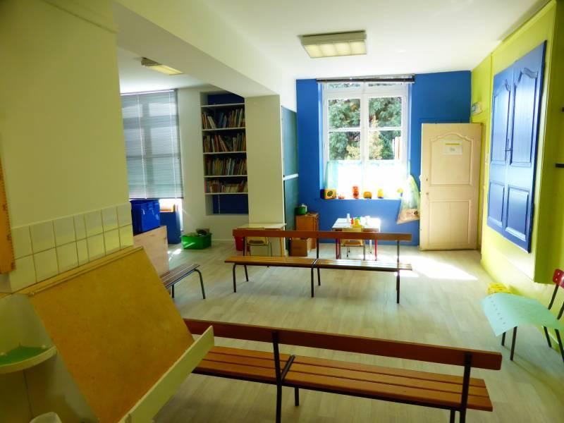 Réfection de la classe des moyens à la maternelle Guilgot