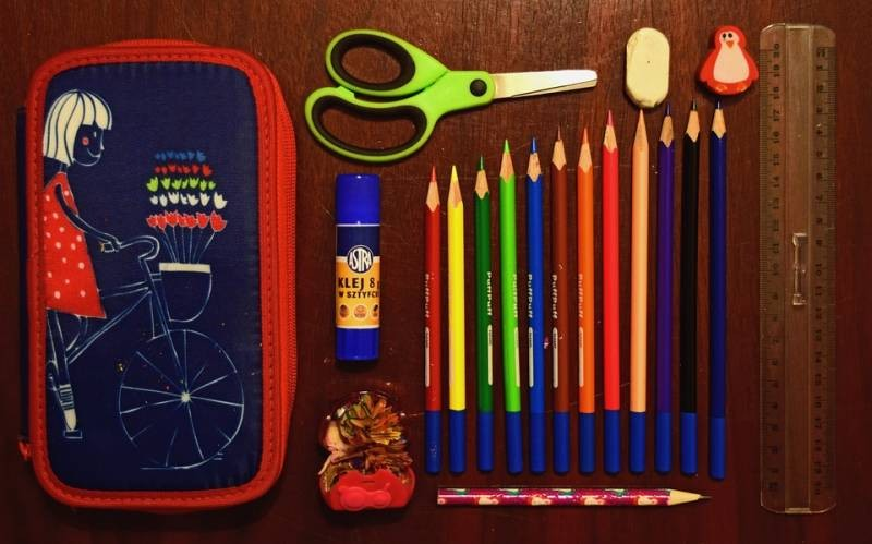 école-crayons