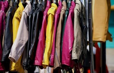 clothing-842338_960_720