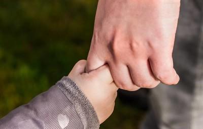 enfants-mains-