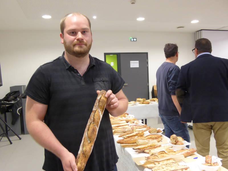 Le boulanger Anatole Fetet, Les Toquets de la Farine de Saint-Laurent remporte le prix de la meilleure baguette