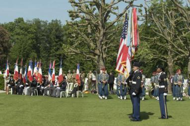 memorial-day-cimetiere-americain-dinoze (2)
