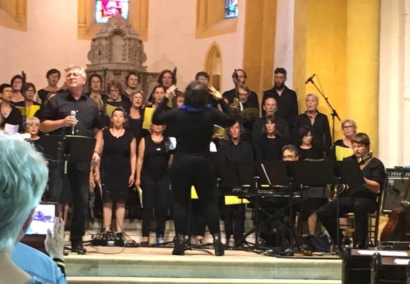 Emotion et énergie au programme de ce premier dimanche de concerts avec le choeur Gospel de Chaumont.