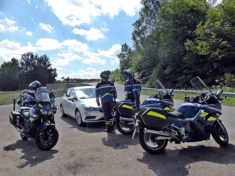 controles-vitesse-gendarmerie-thaon