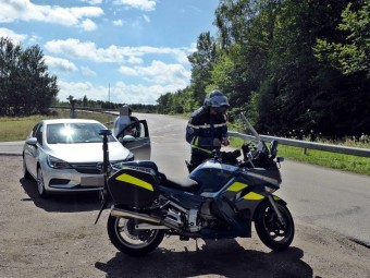 controles-vitesse-gendarmerie-thaon3