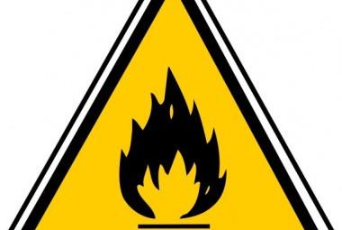 panneau-de-danger-matieres-inflammables-70370fe