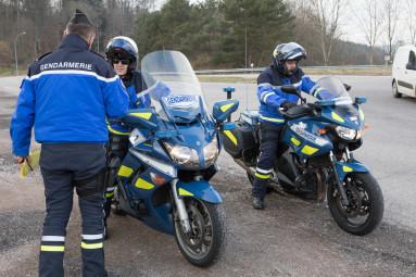 controle-gendarmerie-arches (8)
