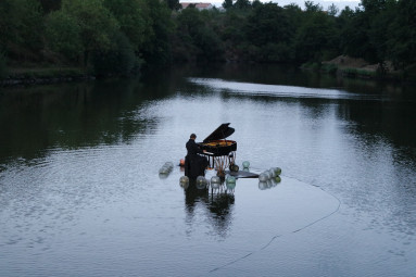 Le-Piano-Flottant