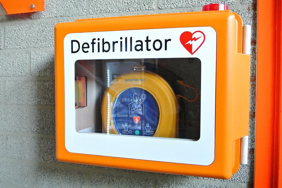 defibrillator-809447_960_720
