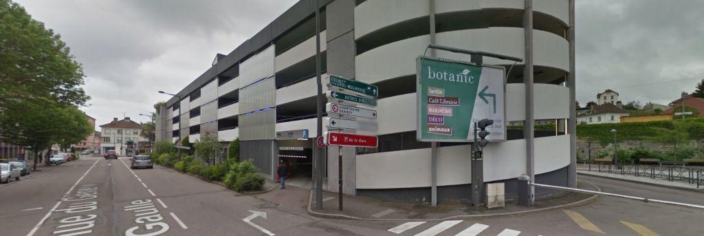 Parking de la gare (photographie Google maps)