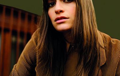 Clara Luciani 5 BDManuel Obadia-Wills CMJN