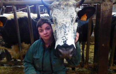 Loula-vache-vosgienne-salon-agriculture2