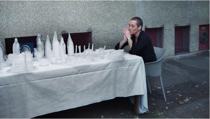 Visuel : Passing Banquet , Galerie Municipale de Vitry sur Seine, 2019 © photograhie : Mirela Veronica Popa