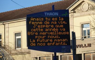 saint-valentin-message-panneau-lumineux