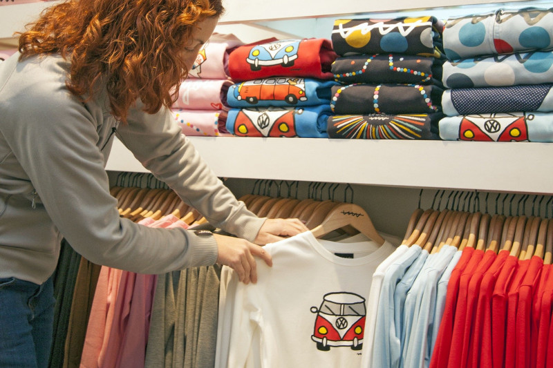 t-shirt-2351761_1920