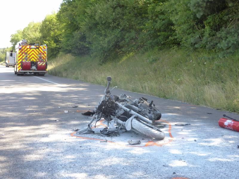 Thaon – Un motard dans un état grave suite à un accident sur la RN57