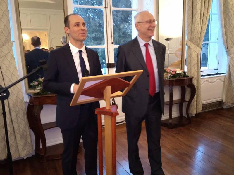 Le sous-préfet néocastrien, Benoit Rochas, accompagné du Préfet des Vosges, Pierre Ory